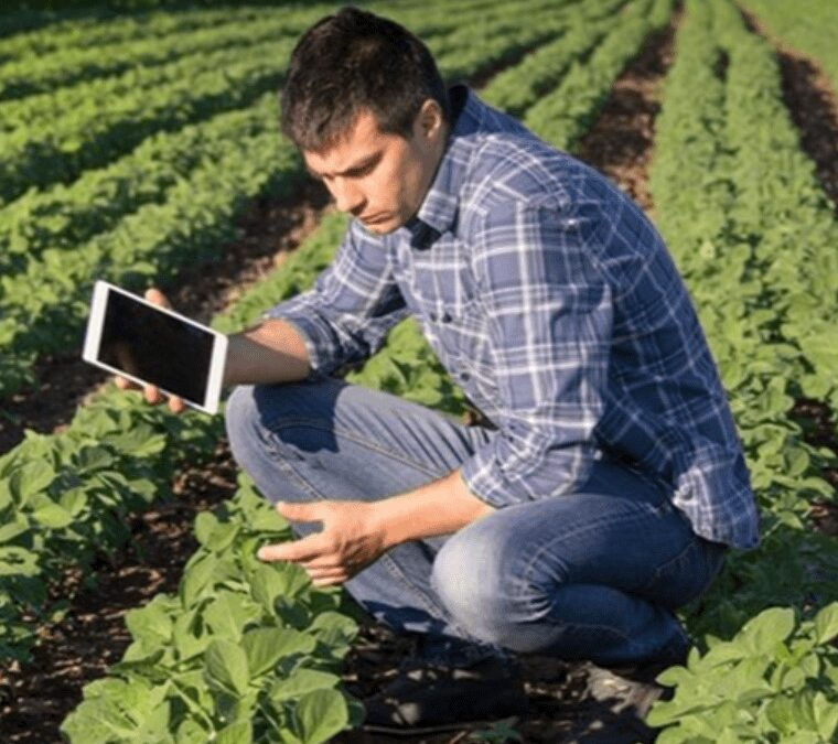 Data Analytics in Ag on Your Schedule: The Data-Driven Agriculture Digital Ag Webinar Series